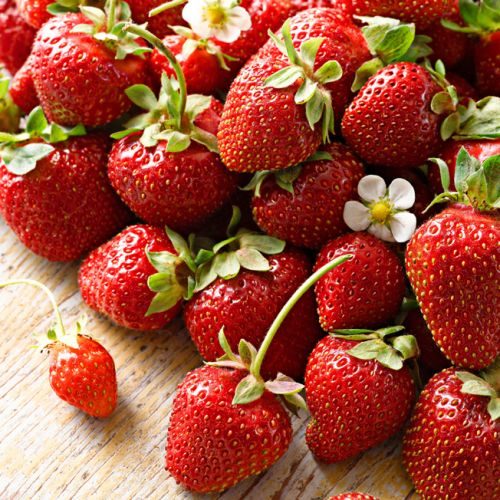 Food News: Strawberries Top the 2018 List of Produce You Need to Buy Organic