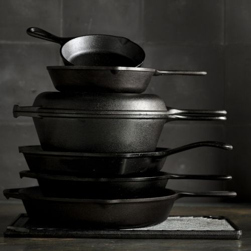 8 Foolproof Tips to Master Cast-Iron Cooking