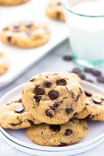 Bakery Style Gluten Free Chocolate Chip Cookies