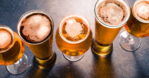 10 Easy Pleasing Golden Ales to Soak Up This Summer, Ranked