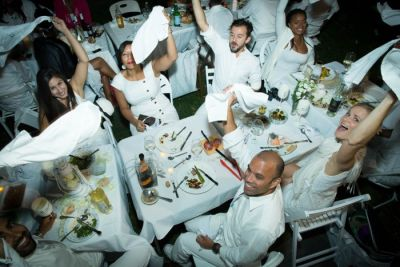 Dîner en Blanc Tickets Are Now Available: This Week In Food Events