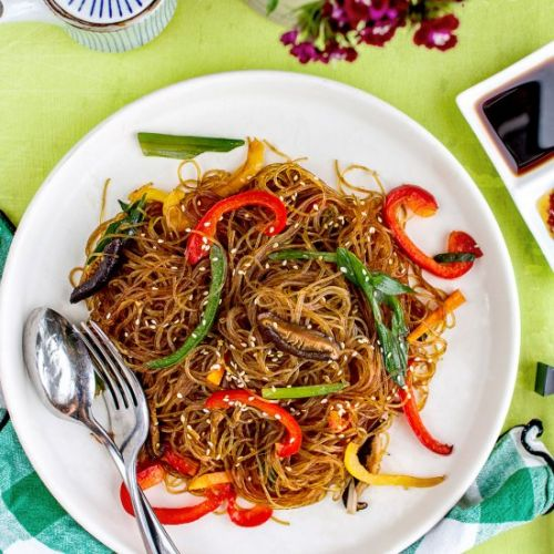Stir-fried rainbow glass noodles
