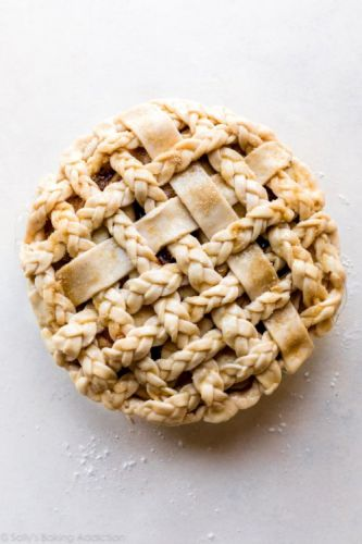Video: How to Braid Pie Crust