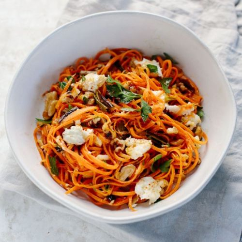 Grated carrot salad with mozzarella