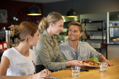 Foodservice Training Portal Launches Summer of Sales, Service and Safety Promotion