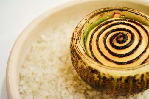 Baked and gratinated onion with Girolle mushrooms by Chef Søren Selin from AOC in Copenhagen