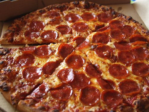Pizza to the Polls Will Feed Thousands of Voters Stuck in Long Lines on Election Day