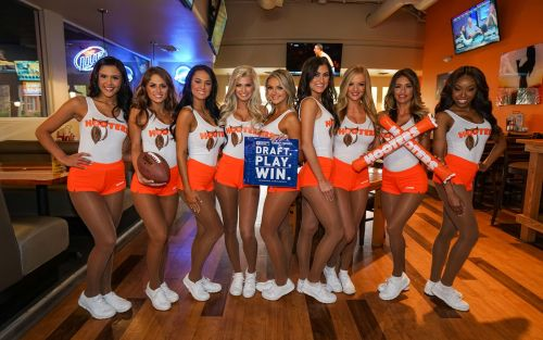 Hooters is the 1 Pick to Host your Fantasy Football Draft