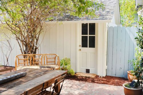 This House Is Only 200 Square Feet. Here's What the Kitchen Looks Like