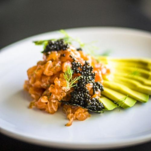 SALMON TARTARE WITH FENNEL AND CAVIAR
