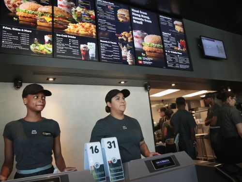 Seven Fast-Food Chains Are Ditching Their 'No-Poach' Employment Contracts