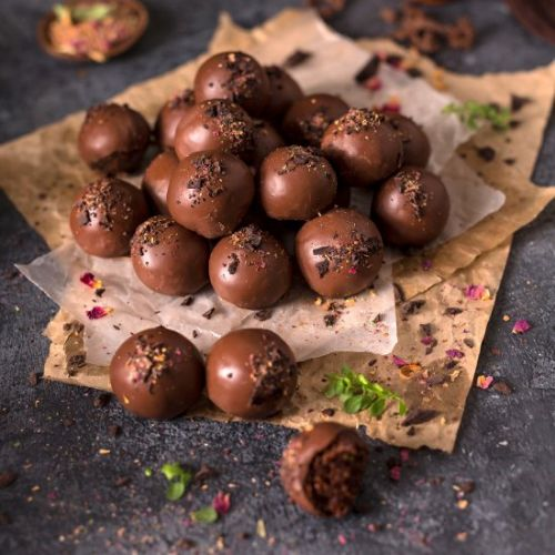 Vegan Chocolate Date Energy Balls
