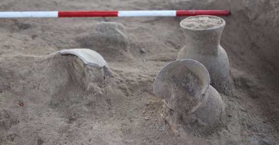 Archaeologists Dig Up Oldest Evidence of Mesopotamian Beer in Ancient Cups