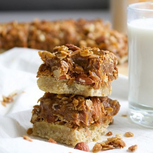 Dulce de Leche Granola Cookie Bars