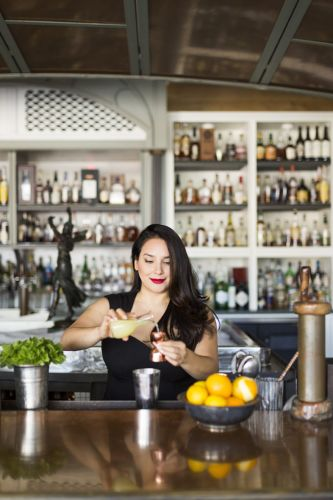 The Path to Perfect Holiday Cocktails With Alba Huerta