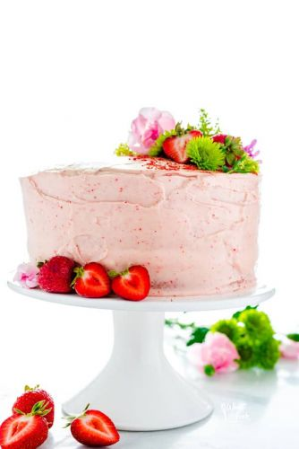 Gluten Free Strawberry Cake Recipe from Scratch