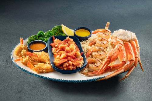 Red Lobster Celebrates The Holidays With The Return Of Create Your Own Ultimate Feast