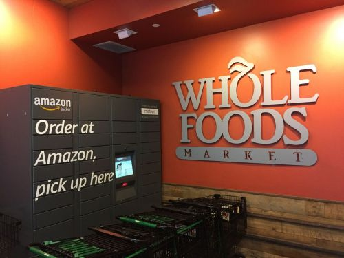 Whole Foods Workers Say Amazon Prime Shoppers Are 'Vultures' Overwhelming Stores