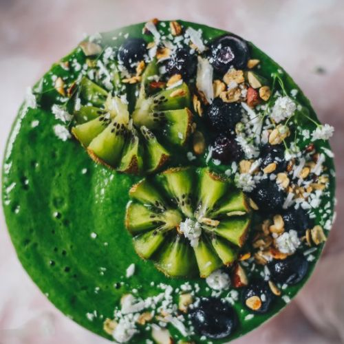 SUPER GREEN SPINACH BANANA SMOOTHIE