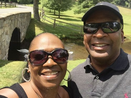 Crave Hot Dogs and BBQ Inks Deal With Retired Military Veteran in Fayetteville, NC
