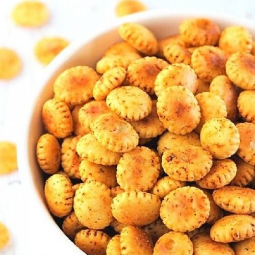 Cajun spiced oyster crackers