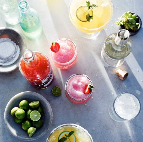 Here's How to Organize an Super Last-Minute Cinco de Mayo Happy Hour