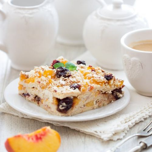 Biscuit Cake with Fruit and Muesli