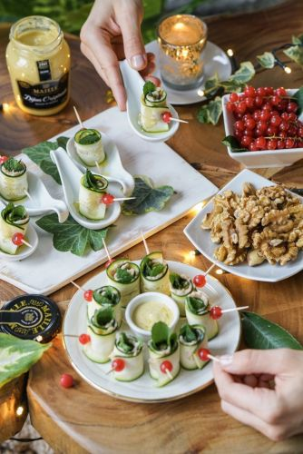 Holiday Party Finger Food: Gluten-Free Zucchini Rolls