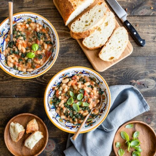 Slow Cooker Tuscan Bean Soup