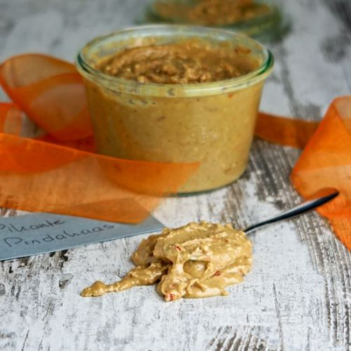 Spicy and crunchy peanut butter