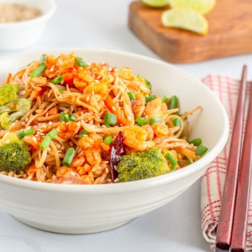 Spicy Stir Fry Noodles with Shrimps
