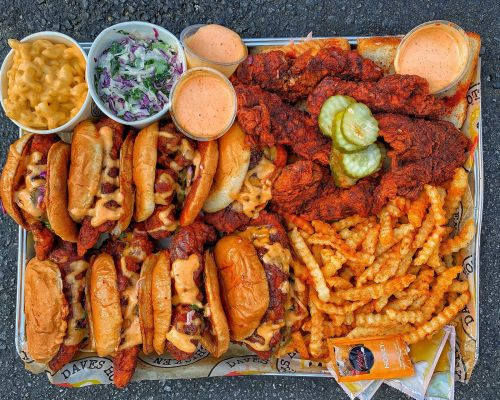 Dave's Hot Chicken Continues Southern California Expansion with Opening of Sixth Restaurant