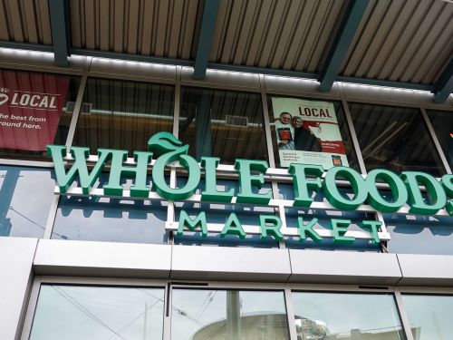 Amazon Offers Whole Foods Customers an Easier Way to Pay, Just Hand Over Your Biometric Data