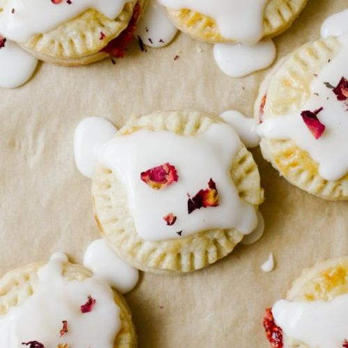 Raspberry Champagne Pop-tarts