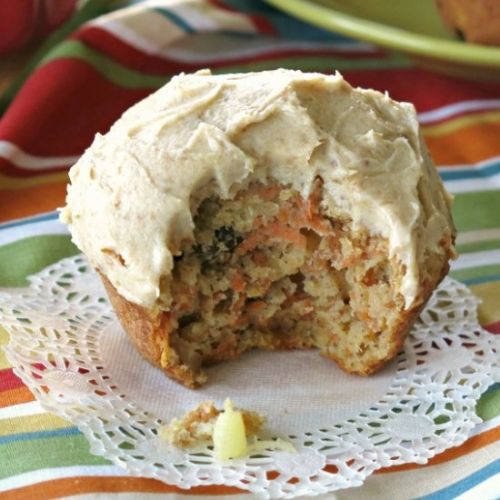Healthy Carrot Cake Muffin