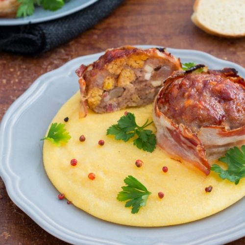 Bacon wraped meat loaf