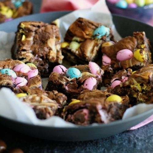 Cheesecake Swirl Easter brownies