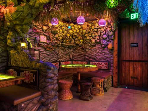 How This Japanese Tiki Bar Is Wrestling With the Complicated Legacy of Tiki