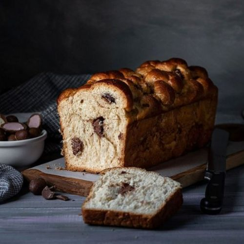 Chocolate filled Greek Easter bread