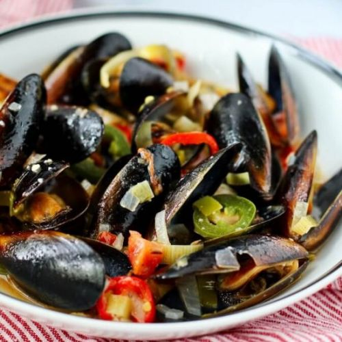 Mussels with Leeks and Chilies