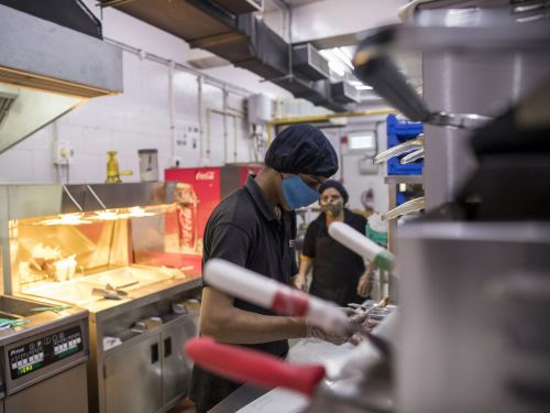 Guaranteed Basic Income Could Be a Game-Changer for Restaurant Workers