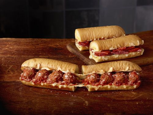 Subway Restaurants Break the Rules with the Ultimate Cheesy Garlic Bread