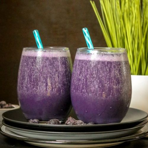 Blueberry Smoothie With Almond Milk