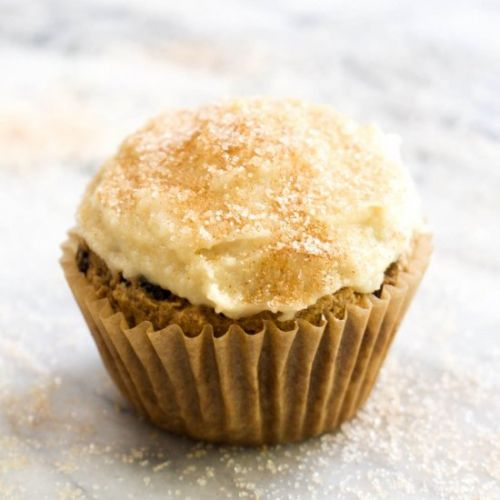 Frosted Cinnamon Raisin Cupcakes