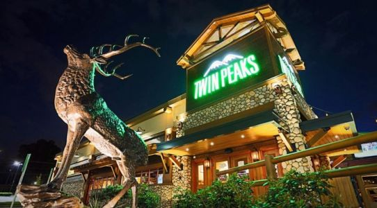 Twin Peaks Continues to Climb in Sales and Traffic During a Successful Second Quarter