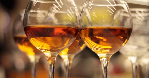 Even Aldi is Cashing In on the 'Natural' Orange Wine Trend