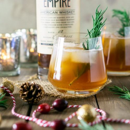Chai-Cranberry Bourbon Smash