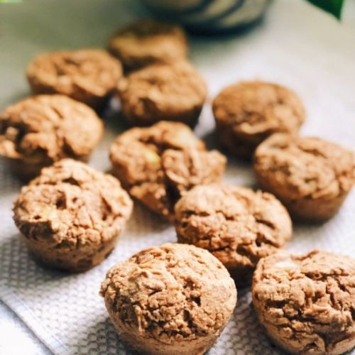Applesauce Pear Spice Muffins