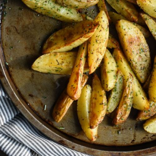 Potatoes spiced in the oven