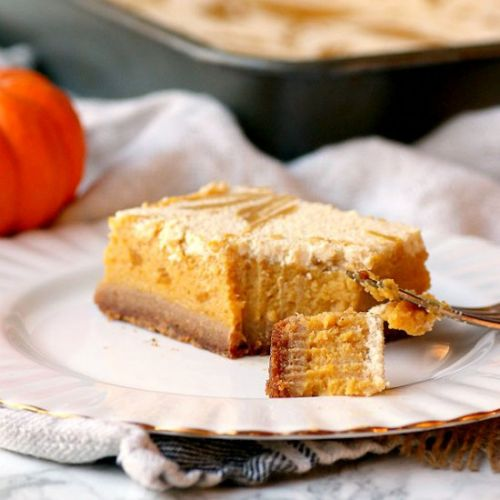 Pumpkin Pie Cheesecake Bars